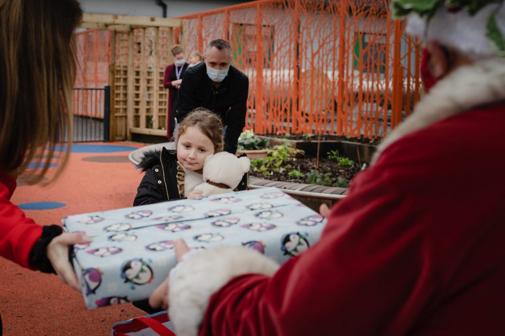 Charity delivers thousands of presents to patients and staff