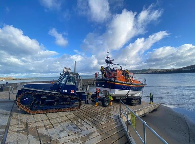 New Quay RNLI lifeboats tasked in multi-agency search for missing person