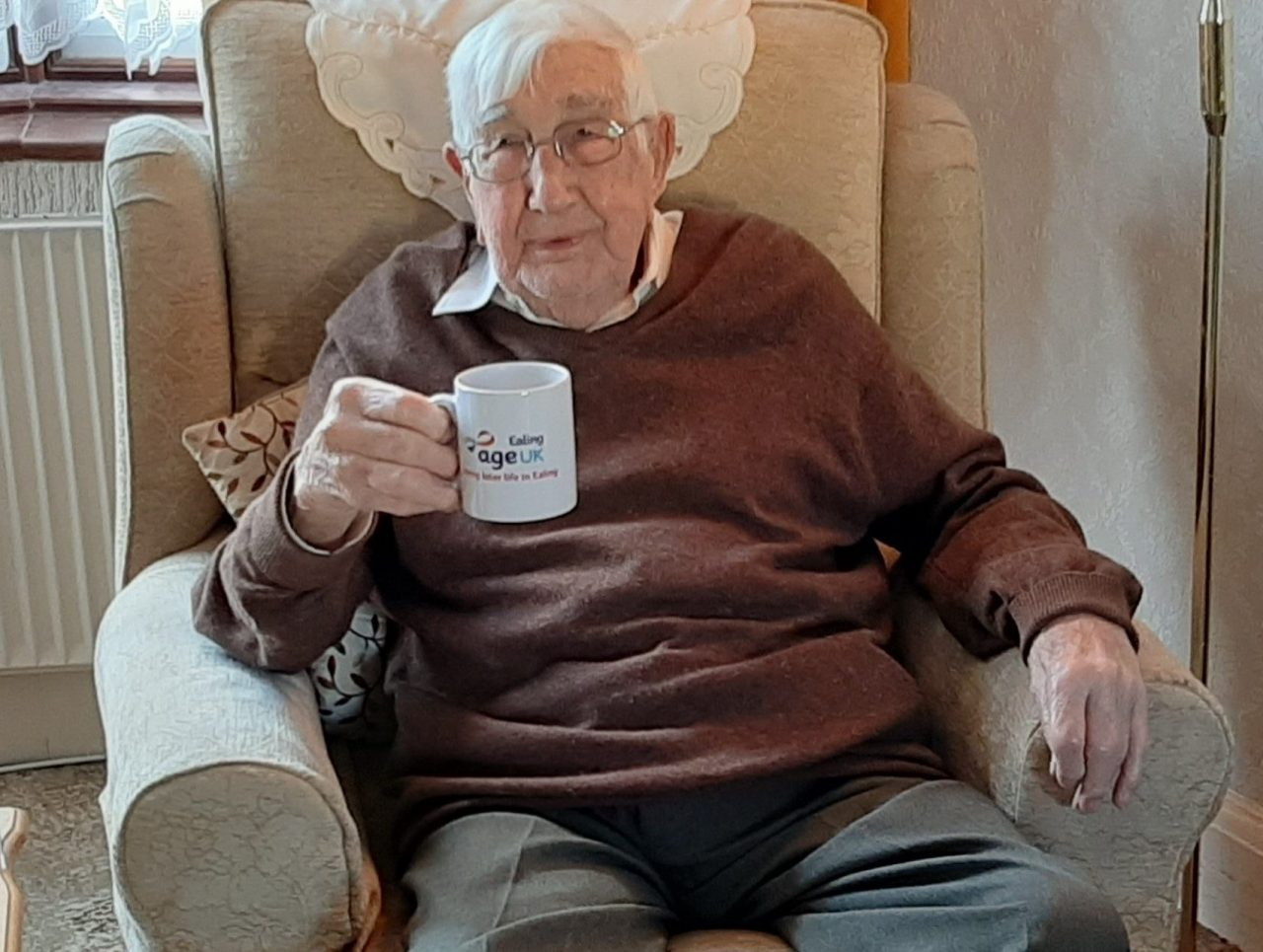 'Lifeline' phone support for isolated older people in Ealing