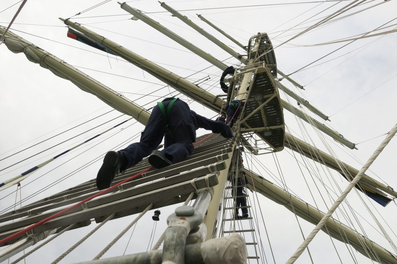 Royal Navy revives days of sail with training on tall ship