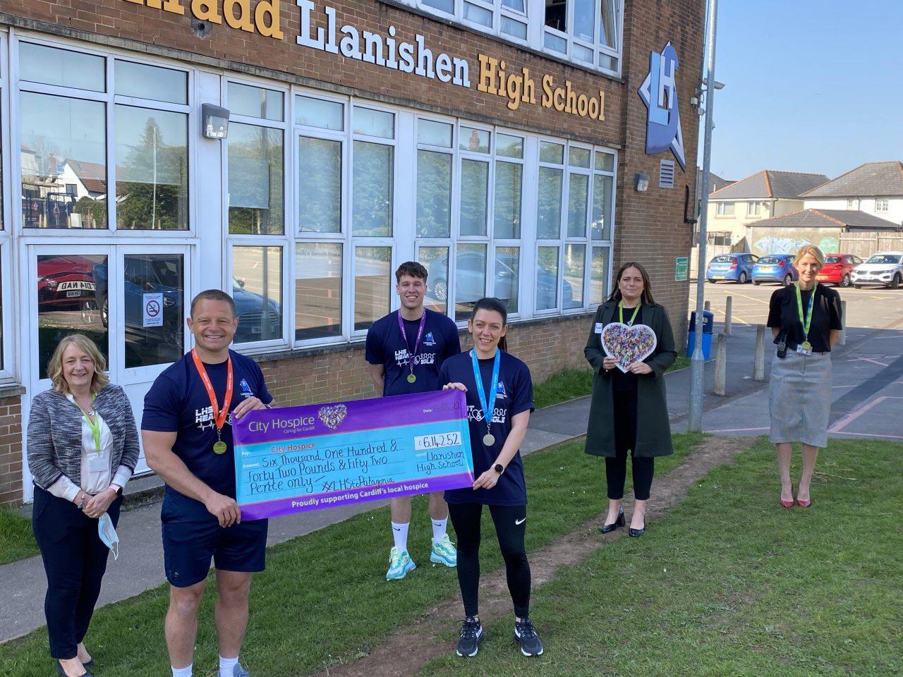 Llanishen High School raise over £6000 for City Hospice
