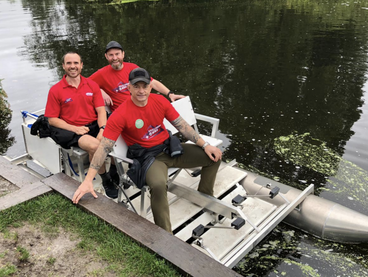 Fundraisers' aiming for Guinness World Record for travelling the Thames fastest in a pedalo