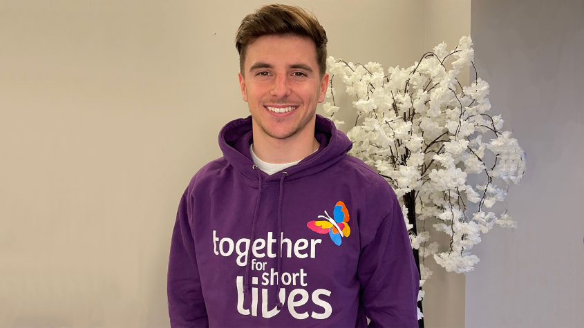 Mason Mount urges fans to take on a challenge in aid of children's hospices