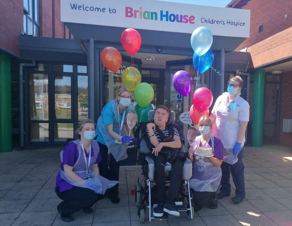 Hospice patient Tom plans 25 steps as gratitude for 'invaluable' hospice