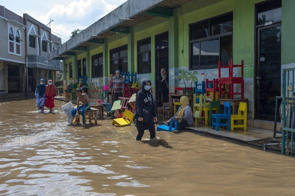 Report: 1billion children at 'extremely high risk' of climate impacts