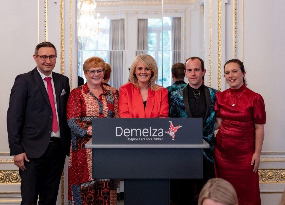 Sally Lindsay hosts lunch for Demelza Hospice